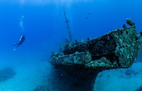 wreck diving mauritius