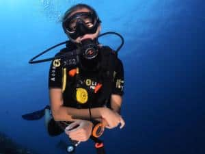 can kids learn to dive in maldives padi