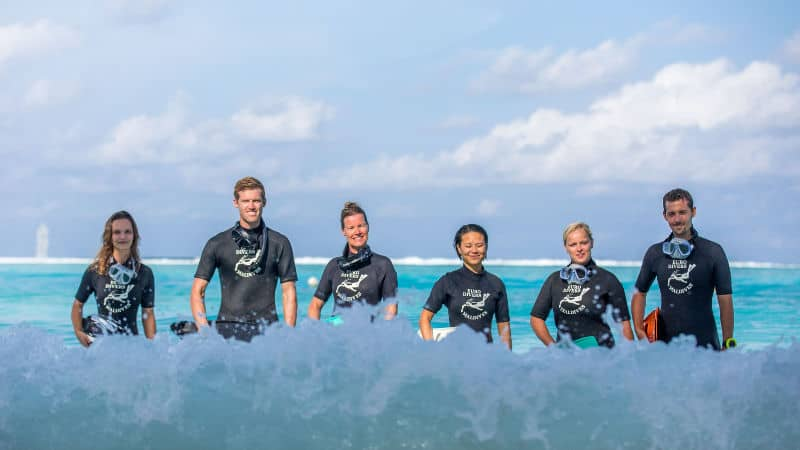 scuba diving jobs
