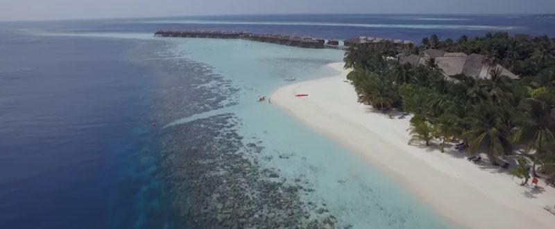 vilamendhoo island resort spa